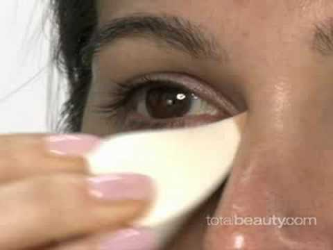 How to Hide Under-Eye Circles with Makeup