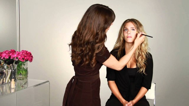 Makeup Application Tips for Sunken Eyes