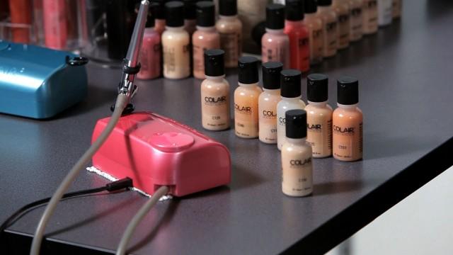 Does Airbrush Makeup Cover Up Bad Skin? | Airbrush Makeup